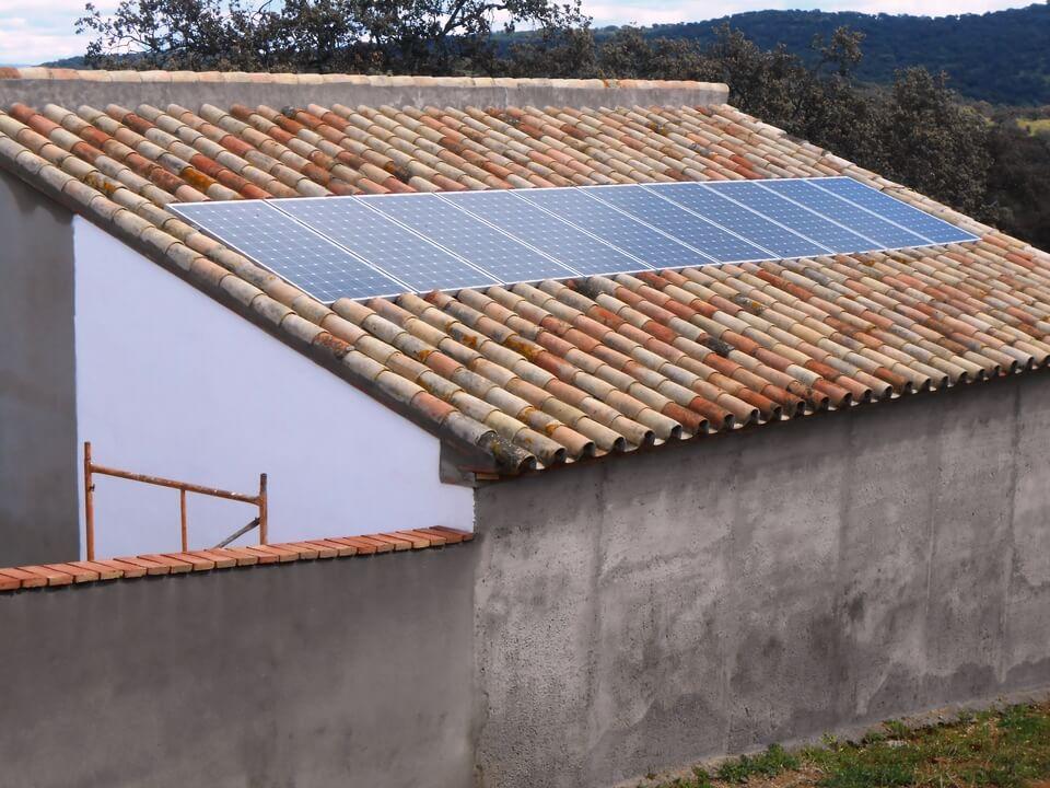 SERVICIOS_ÁREA FOTOVOLTAICA_ELECTRIFICACIÓN_03JPG