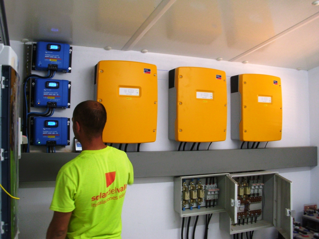 Instalación Fotovoltaica de  13,8kW con baterías en Pozoblanco, Córdoba