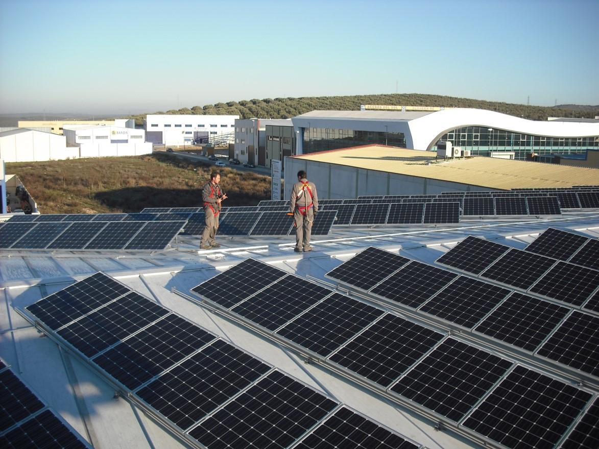 Instalación Fotovoltaica de 56,67 kWp para Ingeniería (Córdoba)