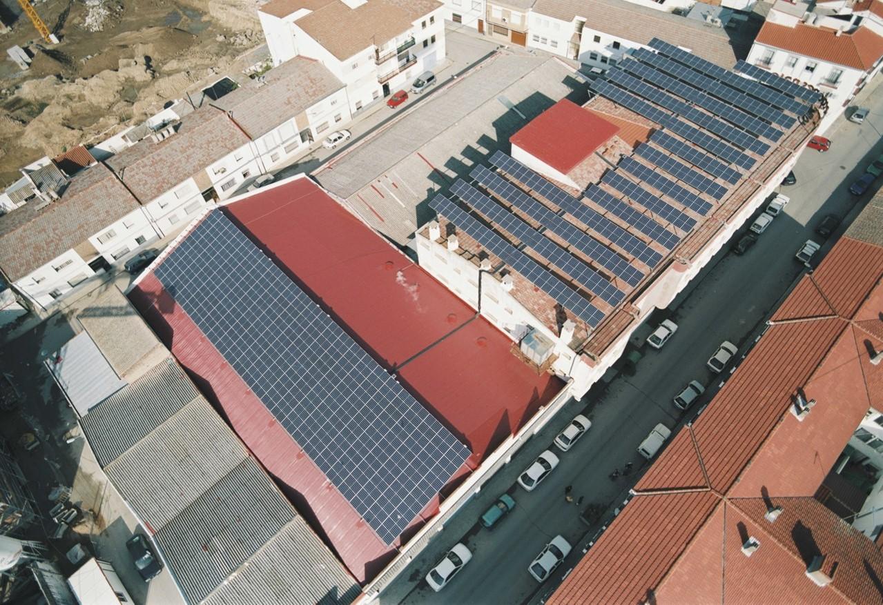 Instalación Fotovoltaica de 81,60 kWp para Industria (Pozoblanco-Córdoba)