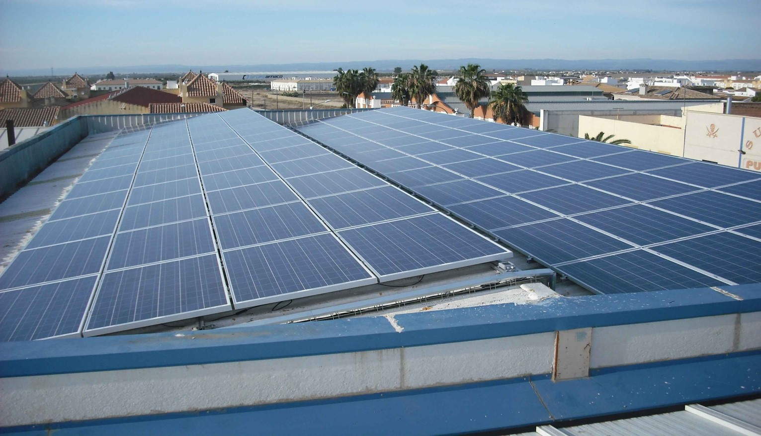 Instalación Fotovoltaica de 64,86 + 32,43 kWp para Industria (Córdoba)