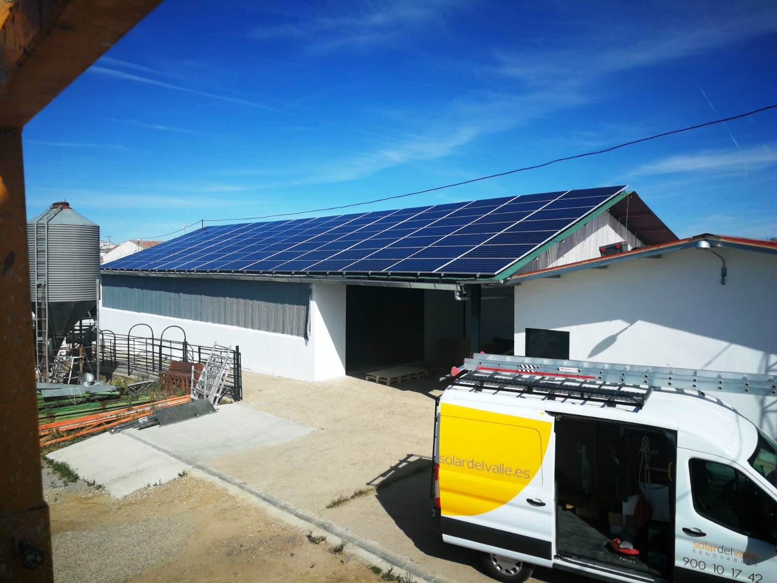 Instalación de Autoconsumo FV de 33 kWp en Industria Agroalimentaria, en Villanueva de Córdoba, Córdoba