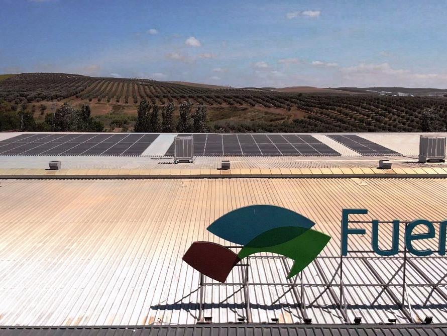 Autoconsumo de 118,93kWp en Industria Agroalimentaria, Santaella, Córdoba